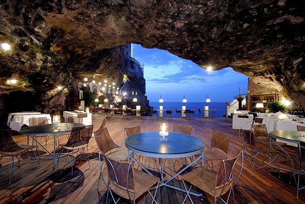 Hotel ristorante a polignano a mare puglia for Grotta palazzese restaurant menu