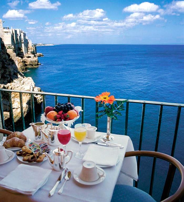 hotel-ristorante-grotta-palazzese-colazione